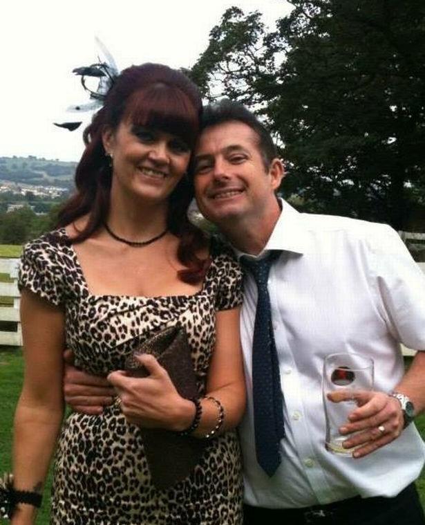 Британские врачи два года путали симптомы рака желудка у Тины Локк с депрессией. Фото №2